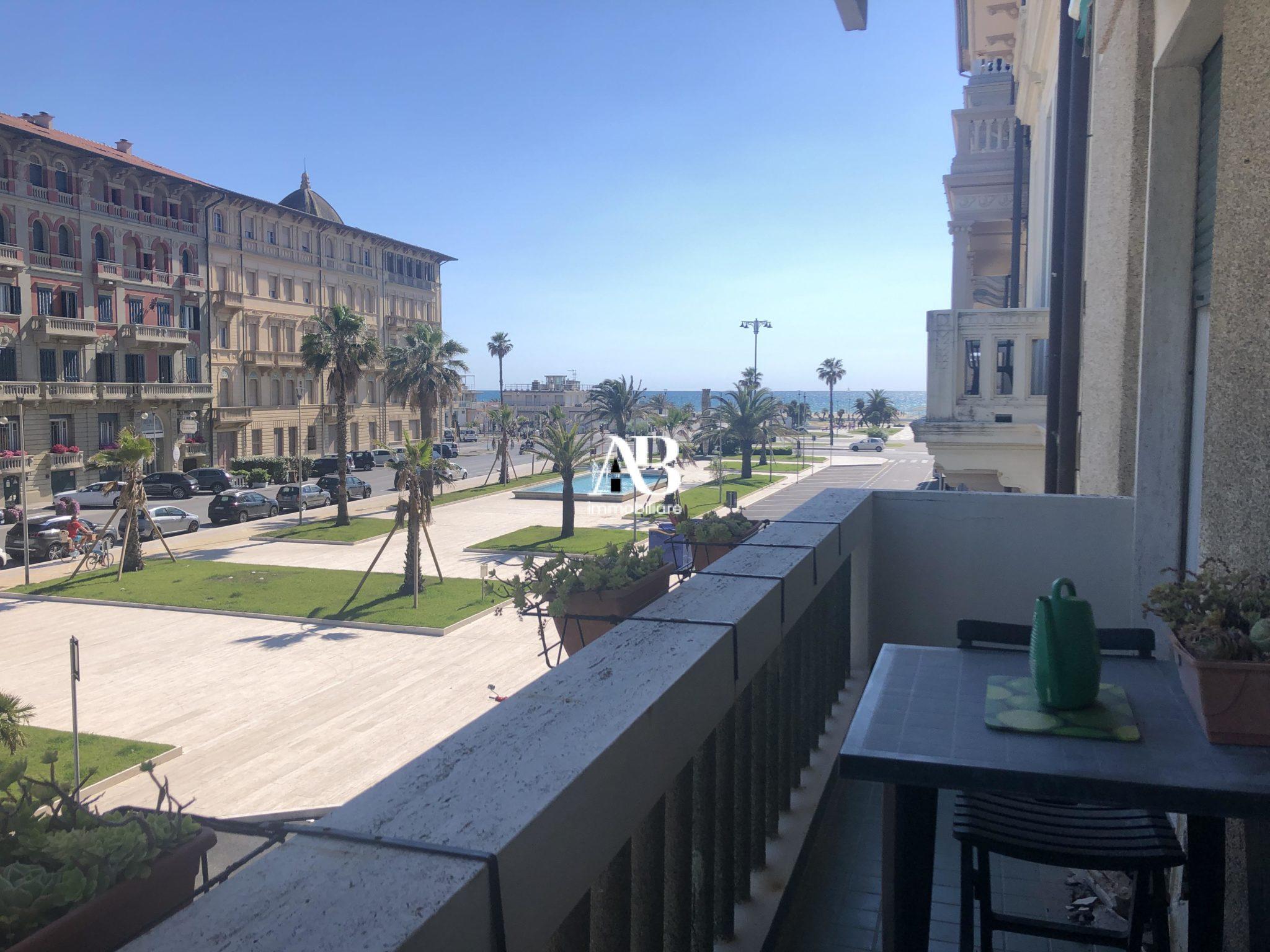 Appartamento signorile vista mare
