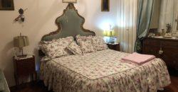 Villetta a schiera come nuova con giardino