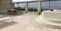 Attico moderno con terrazza vista mare e p. auto