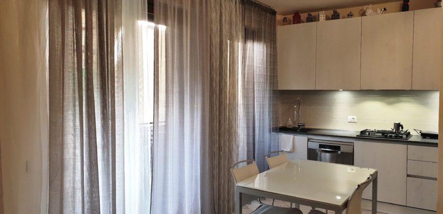 Appartamento in ottime condizioni con p.auto