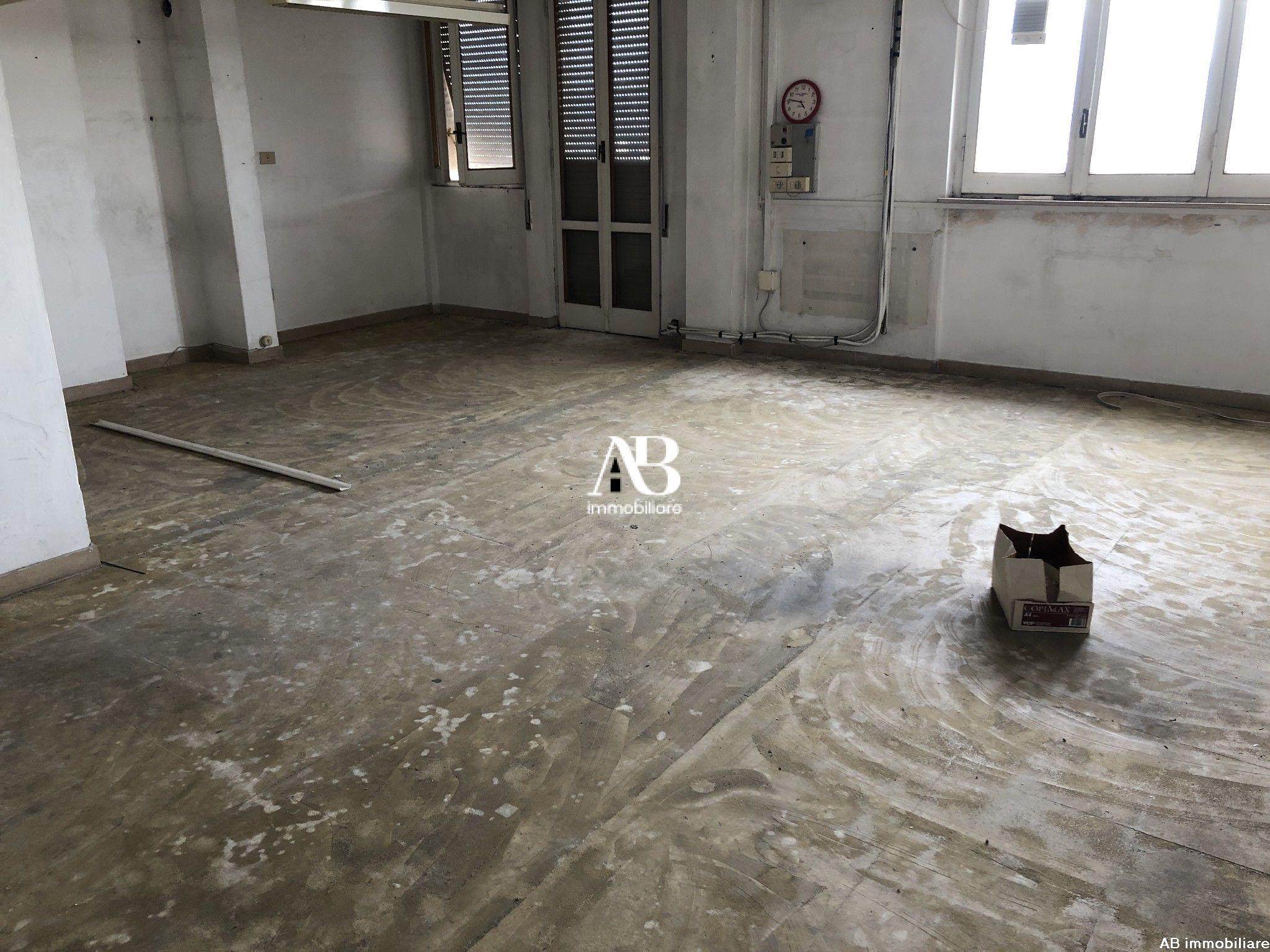 Appartamento da ristrutturare al 5°p.